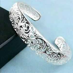 💖Sterling Silver Open Cuff Scrolled Bracelet